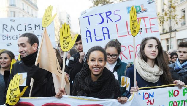 Manifestation ant-raciste en novembre 2013 ©Baudet / SIPA