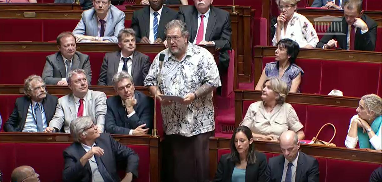 Moetai Brotherson lors de sa première question au gouvernement (capture)