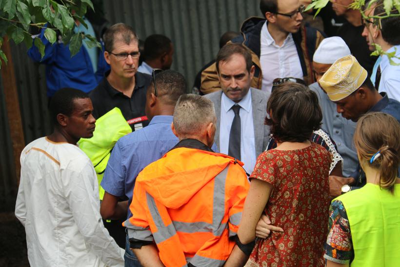 Le Préfet de Mayotte Eric Veau s'est déplacé sur les lieux du drame © Mayotte Hebdo