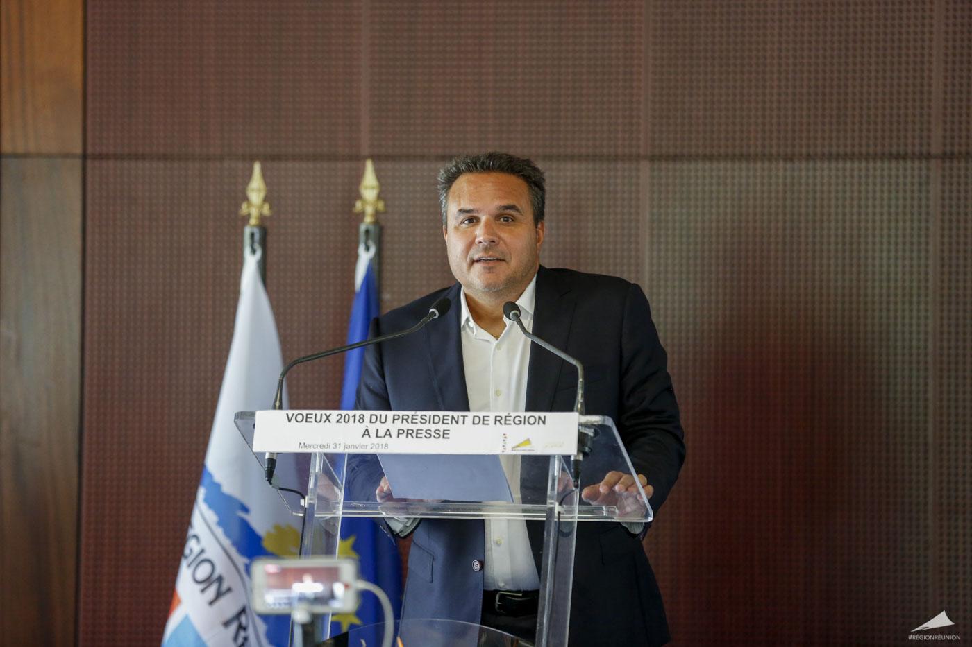La Réunion: Didier Robert annonce les grands chantiers pour 2018 et quitte Les Républicains