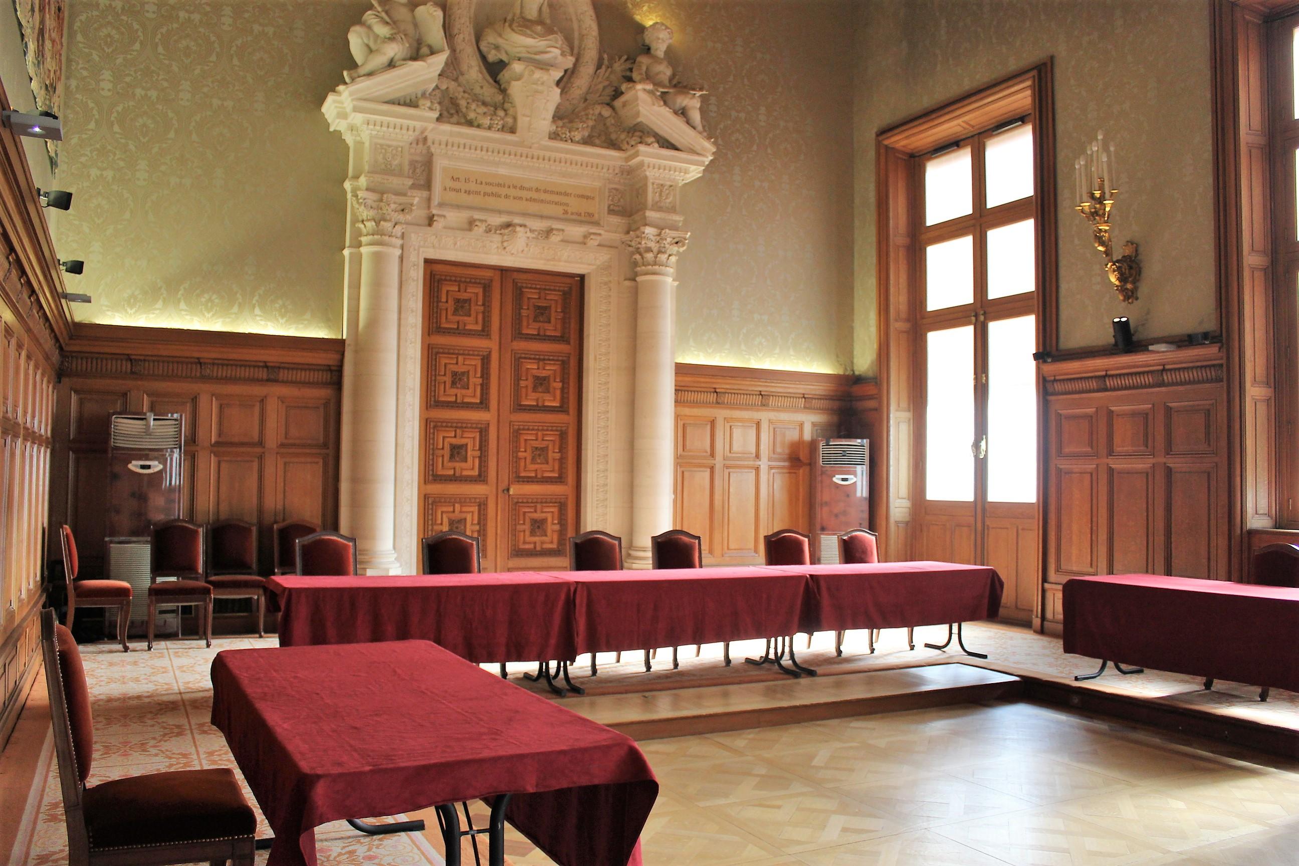 C'est dans cette salle que Sébastien Lepers prêtera serment ce 2 mai ©Outremers360