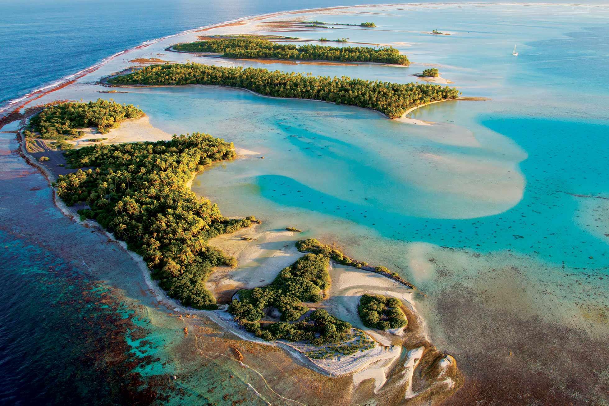 L'atoll de Fakarava en Polynésie française, un des hauts lieux de la plongée sous-marine ©Ben Thouard