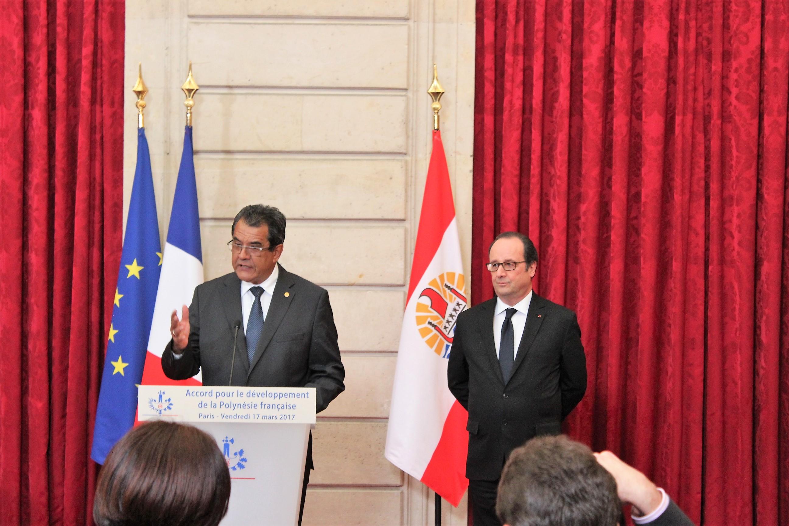 """Sous le précédent quinquennat, Edouard Fritch avait conclu, avec François Hollande, un Accord pour le développement de la Collectivité, appelé """"Accord de Papeete"""" ou """"Accord de l'Elysée"""" ©Outremers360"""