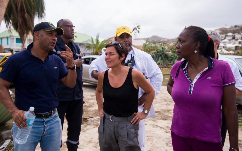 Annick Girardin à Saint-Martin, au lendemain du passage de l'ouragan Irma ©Lionel Chamoiseau / AFP