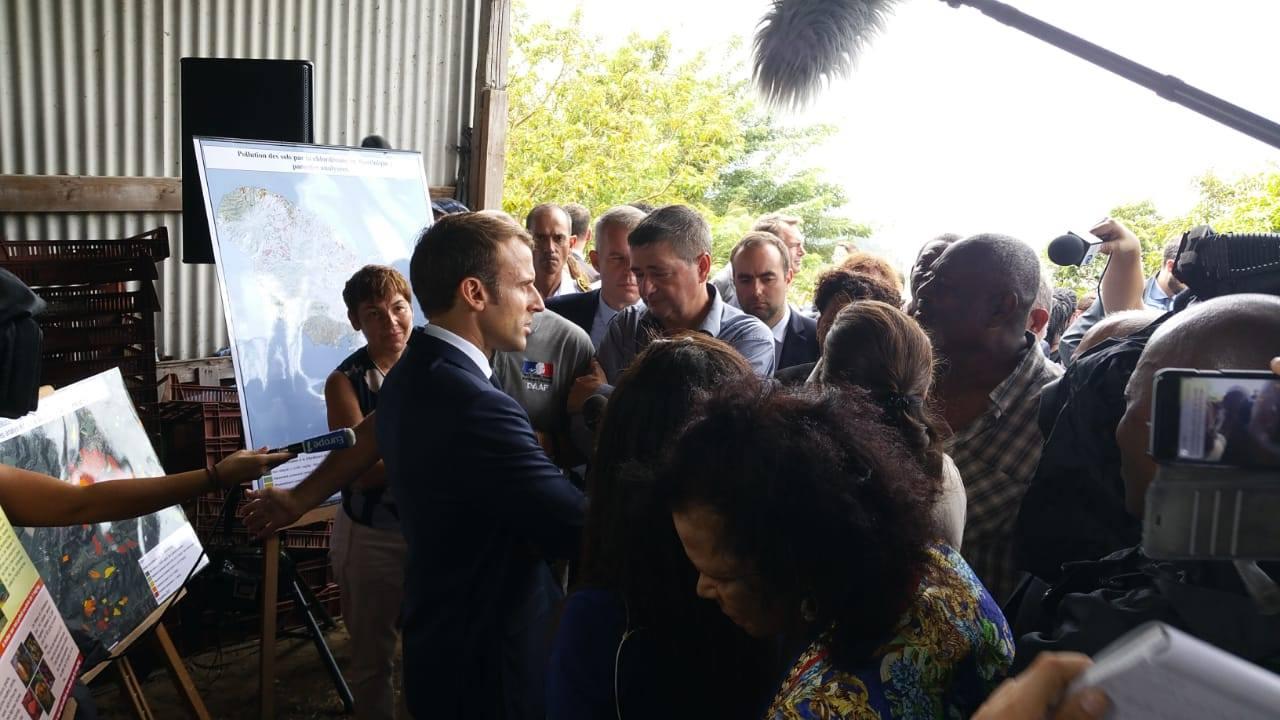 Chlordécone aux Antilles: Emmanuel Macron « l'Etat doit prendre sa part de responsabilité dans cette pollution et avancer sur le chemin des réparations »