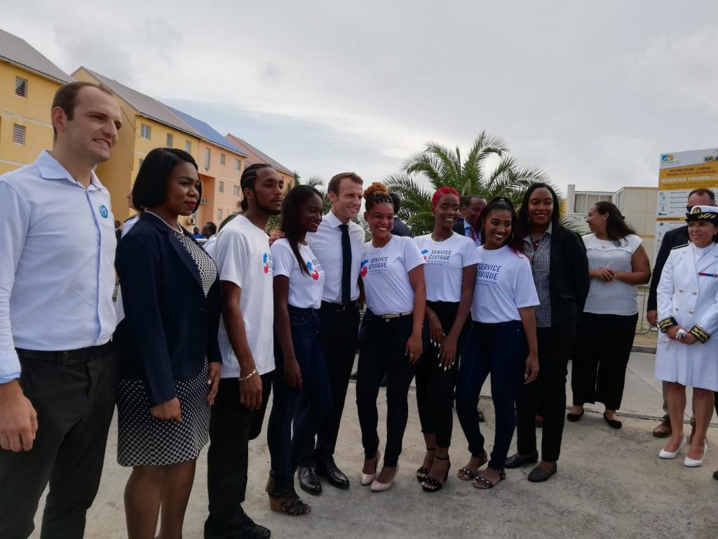 Emmanuel Macron a notamament rencontré des jeunes du service civique © DR