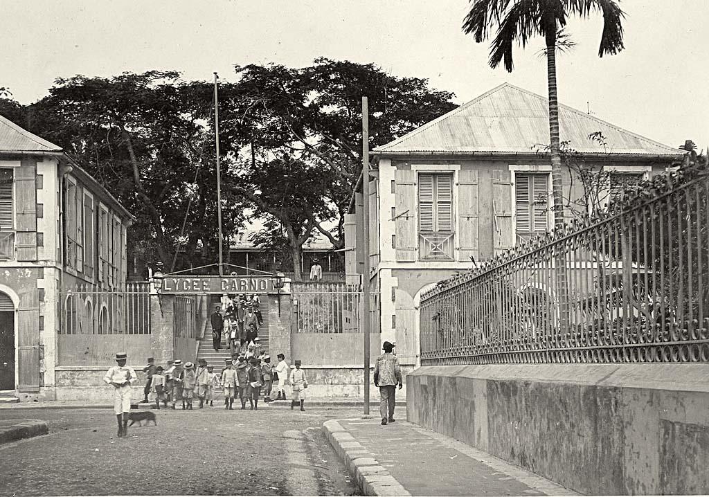 Rentrée Scolaire- Histoire: Lycée Sadi Carnot, ancien hôpital militaire devenu 1er lycée de la Guadeloupe