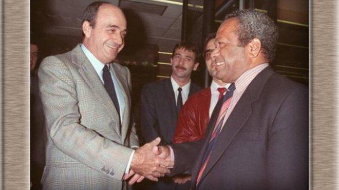 L'historique poignée de main entre Jacques Lafleur et Jean-Marie Tjibaou