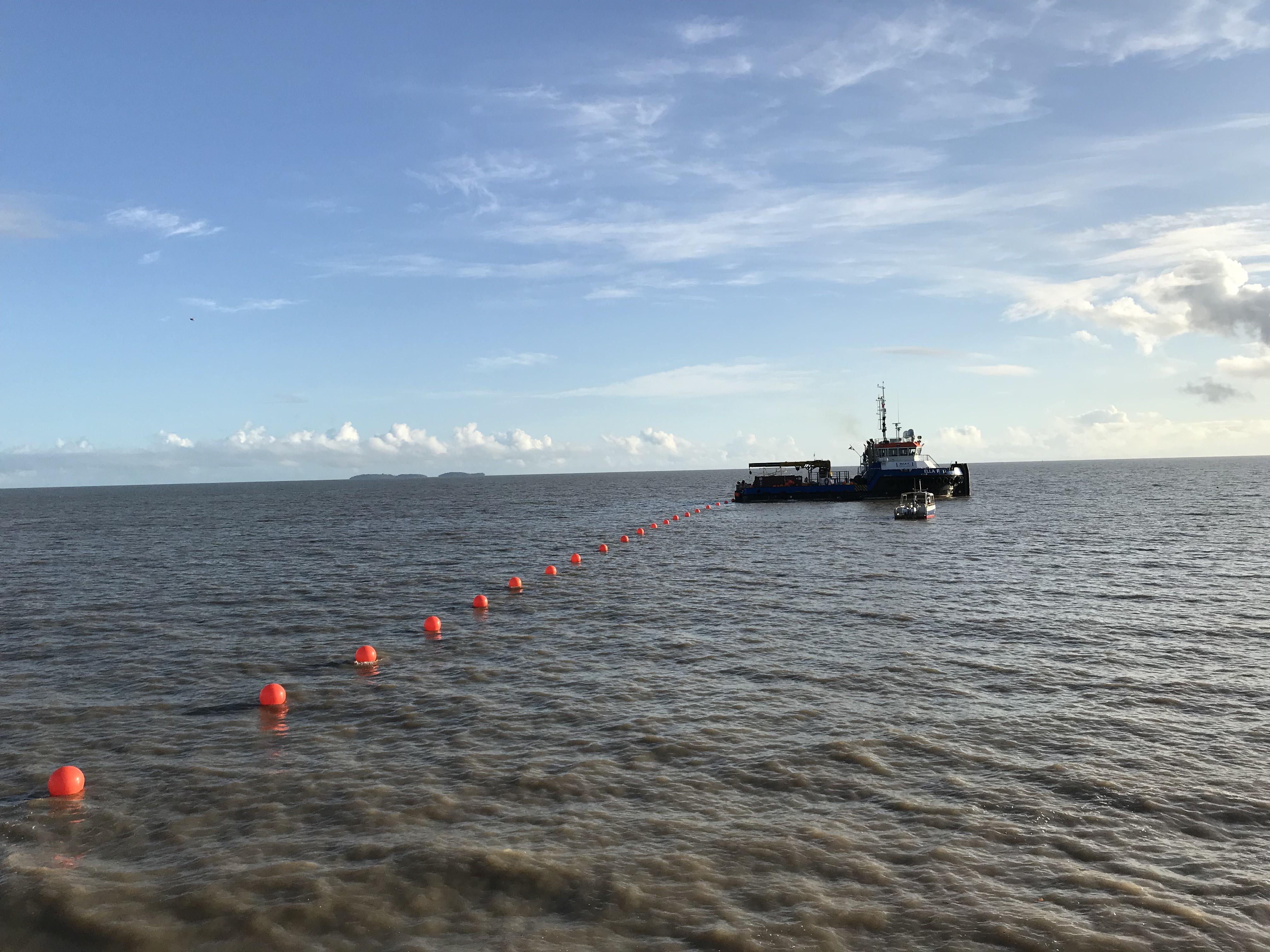 L'atterrissement de la partie guyanaise du câble avait eu lieu le 27 octobre dernier à Kourou ©Outremers360