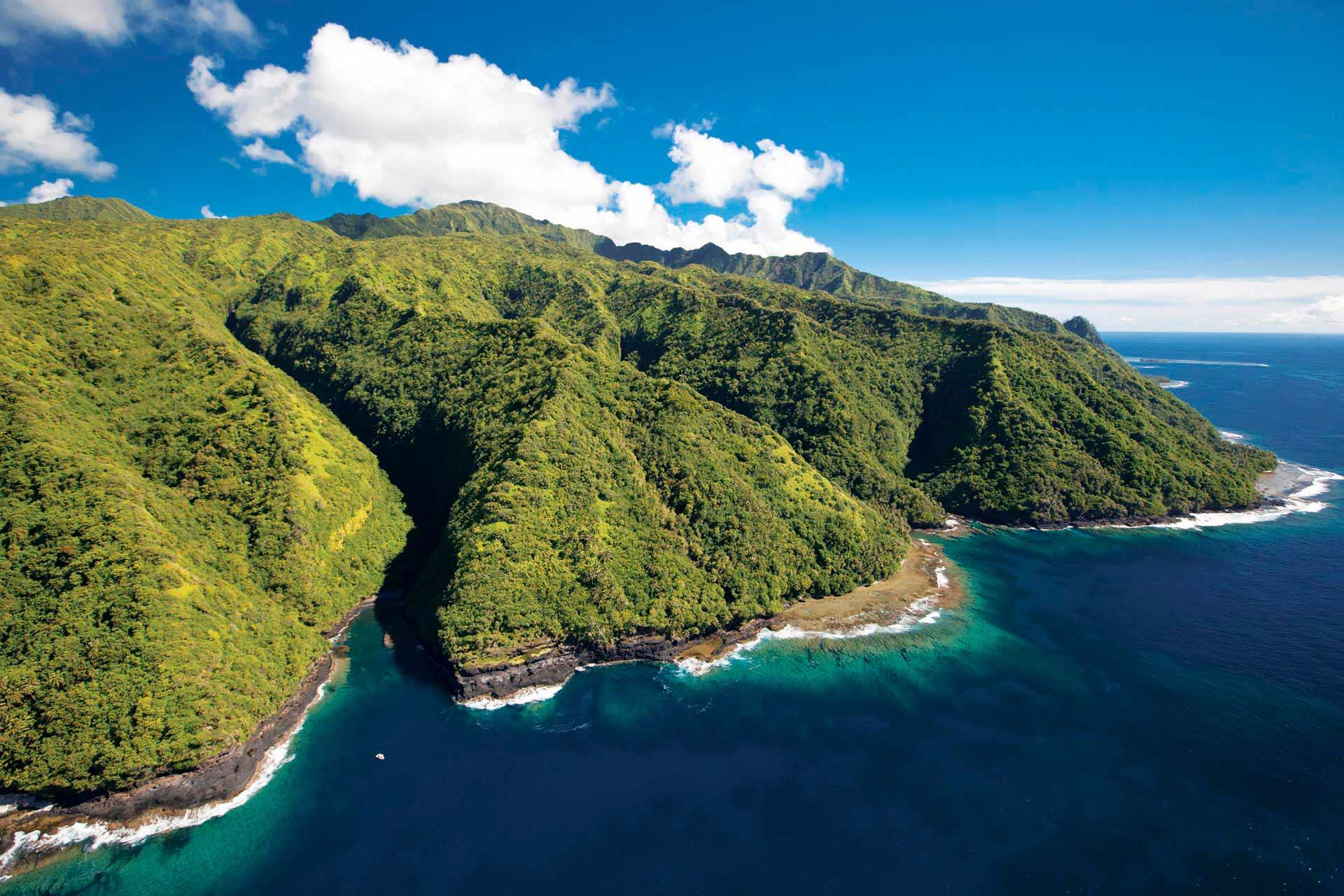 Le Fenua Aihere, coupé du reste de Tahiti. On y accède uniquement par la mer ©Ben Thouard
