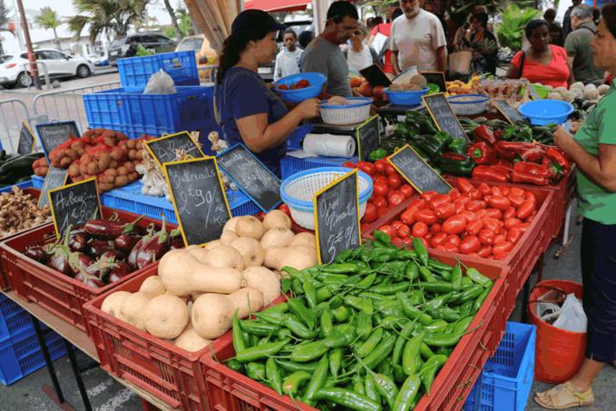 Le marché de Saint-Pierre à La Réunion ©Zinfos974