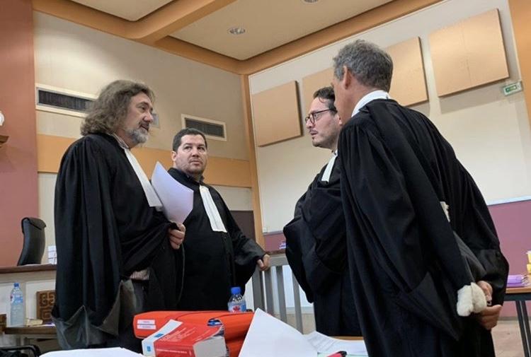 Les avocats de la défense Mes Dominique Antz, Vincent Dubois, David Koubbi et