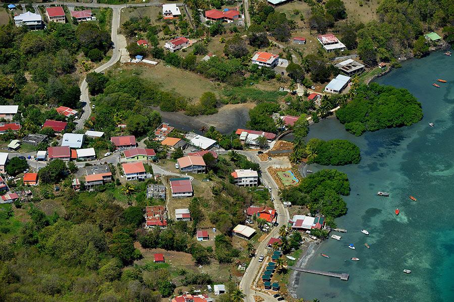 EXPERTISE. Importance et difficulté de gestion de la zone des 50 pas géométriques à la Martinique