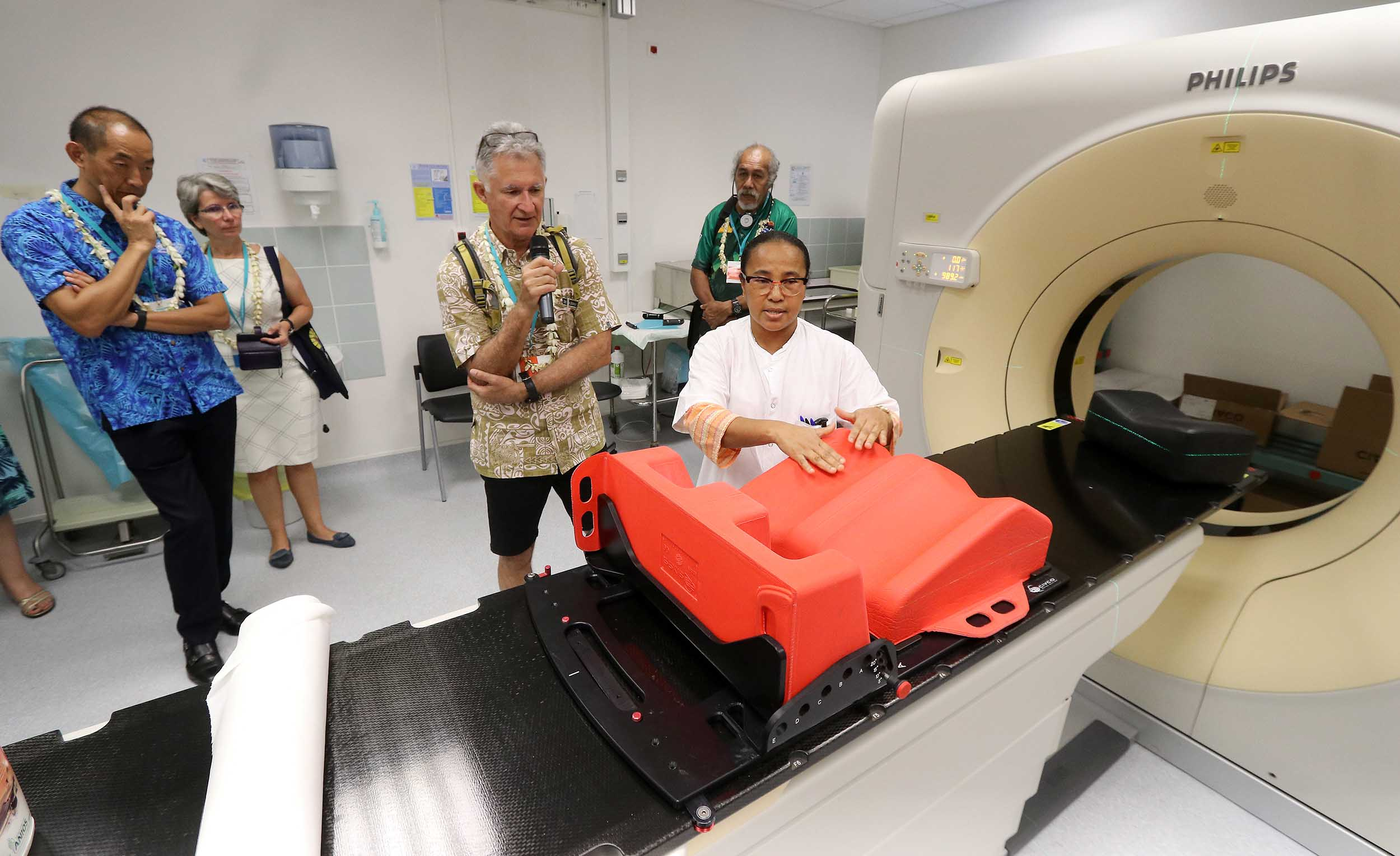 Les chefs de délégations ont visité ce lundi le Centre hospitalier de Polynésie ©Présidence de la Polynésie française