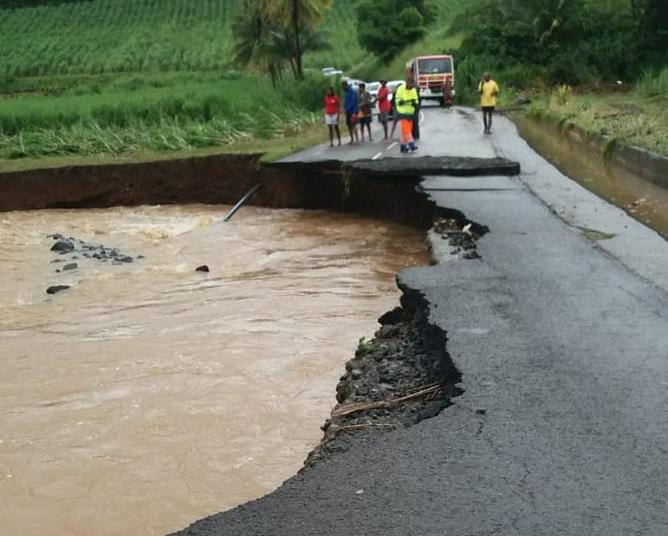 Martinique : Des dégâts matériels après le passage de la tempête Dorian qui s'éloigne vers Porto Rico