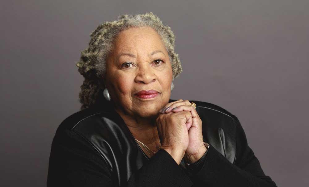 Décès de Toni Morrison, première Afro-Américaine lauréate d'un Nobel de littérature