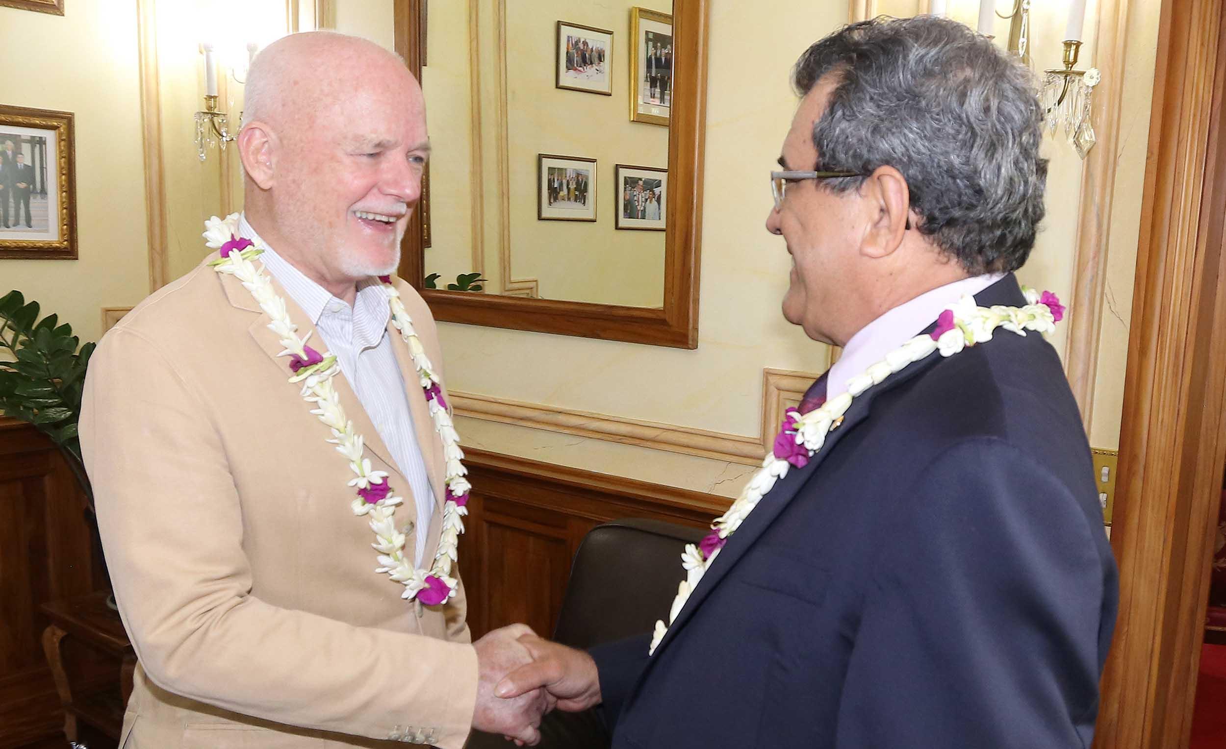 Peter Thomson et Édouard Fritch, président de la Polynésie ©Présidence de la Polynésie