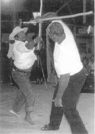 Danse entre Rosèle JULIEN et Dantès DAVILLÉ (association Mayolè du Moule).