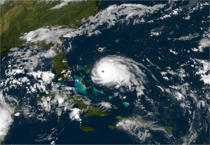 Après son passage aux Antilles, Dorian menace les Bahamas et pourrait épargner la Floride