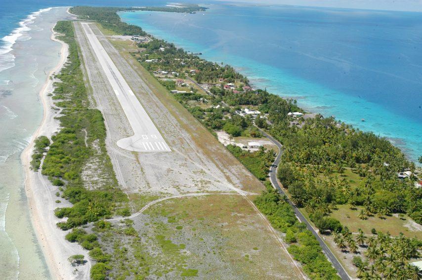 L'aéroport de Rangiroa dans l'archipel des Tuamotu