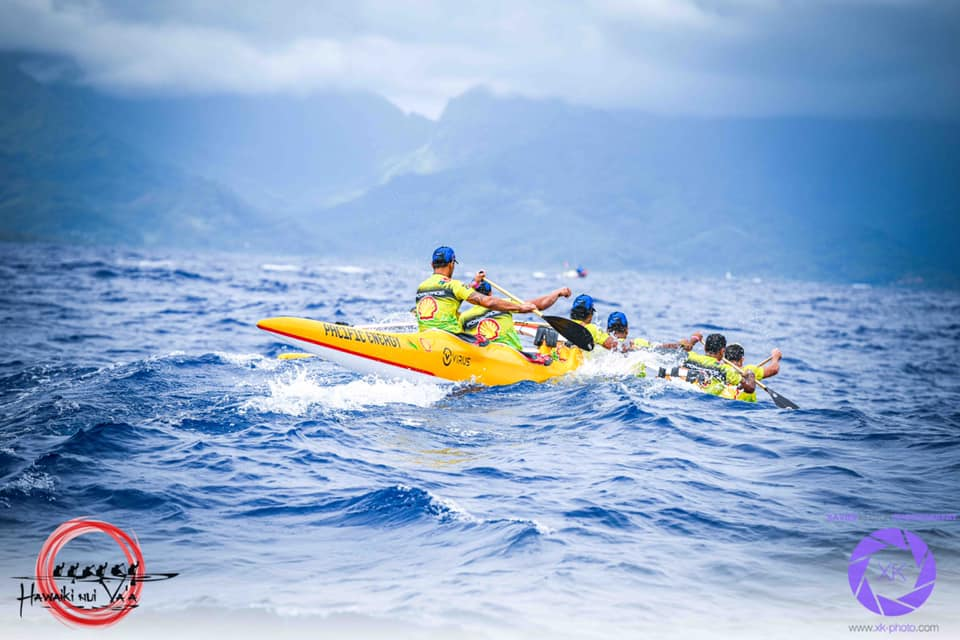 Hawaiki Nui Va'a en Polynésie : La première étape dominée par les Tahitiens de Shell Va'a