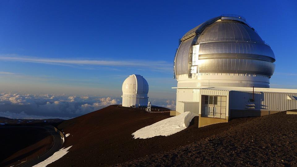 13 télescopes sont déjà installés sur le Mauna Kea ©Pixabay