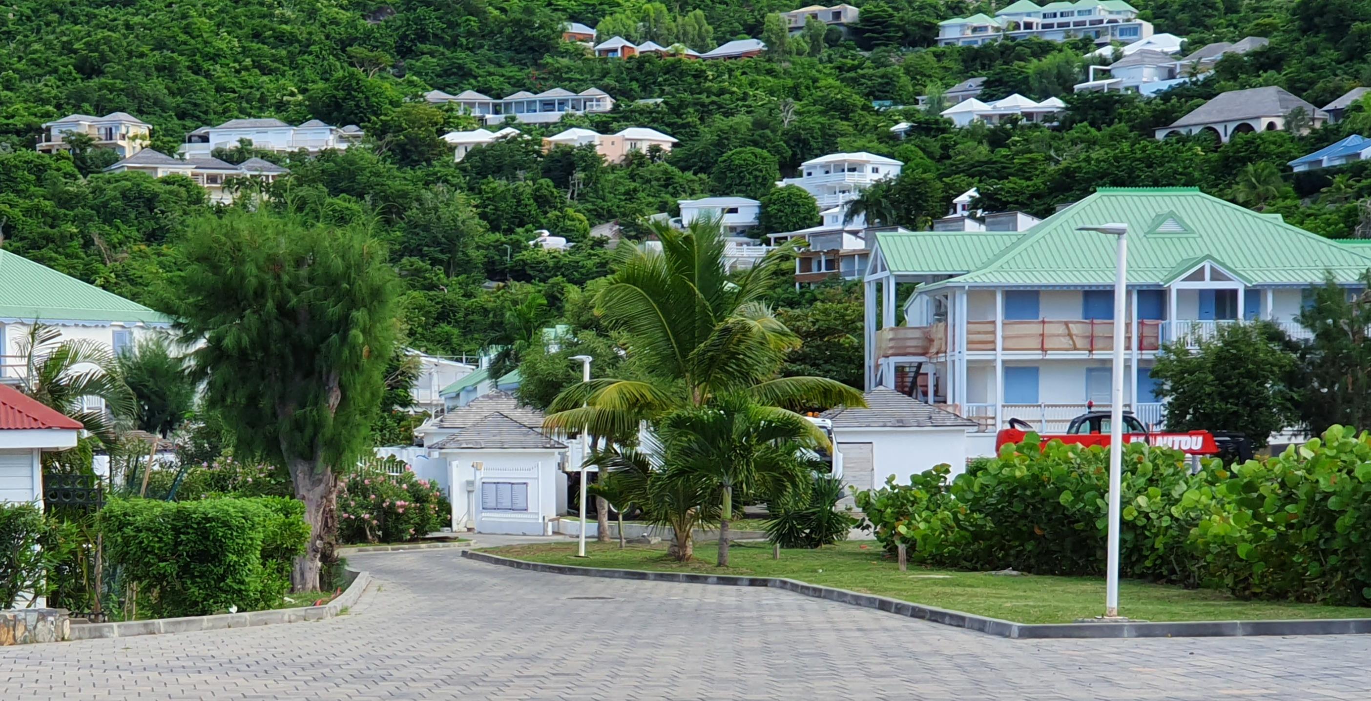 La reconstruction post-Irma «loin d'être achevée» à Saint-Martin, selon un rapport sénatorial