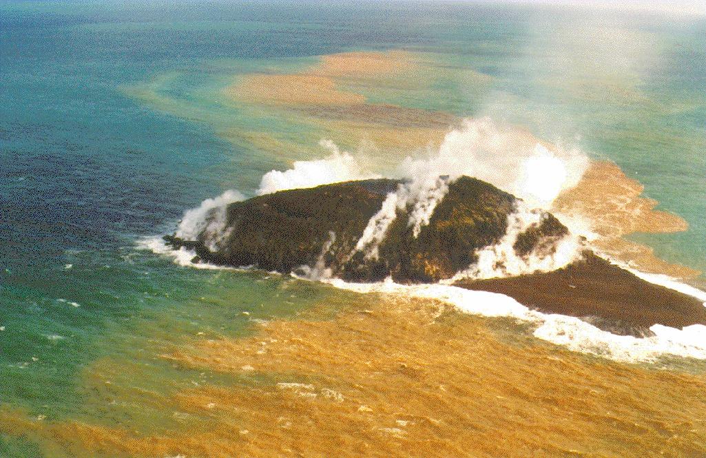 Planète : Aux Tonga, une éruption volcanique fait naître une nouvelle île