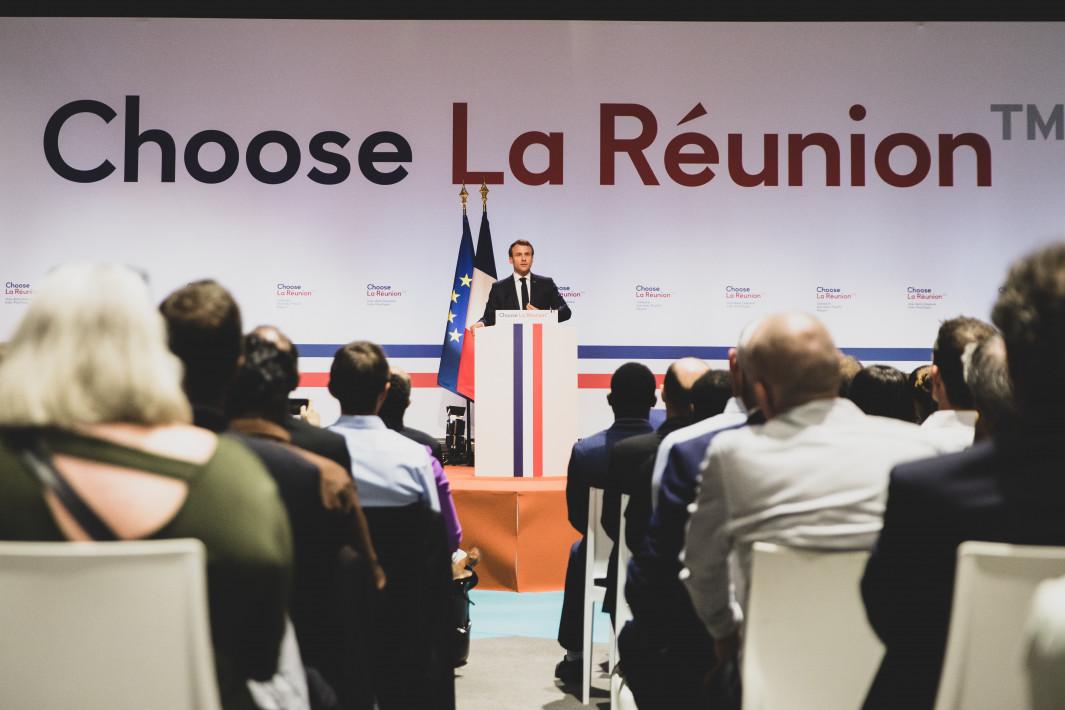Emmanuel Macron lors de sa visite à La Réunion en octobre dernier ©Élysée.fr