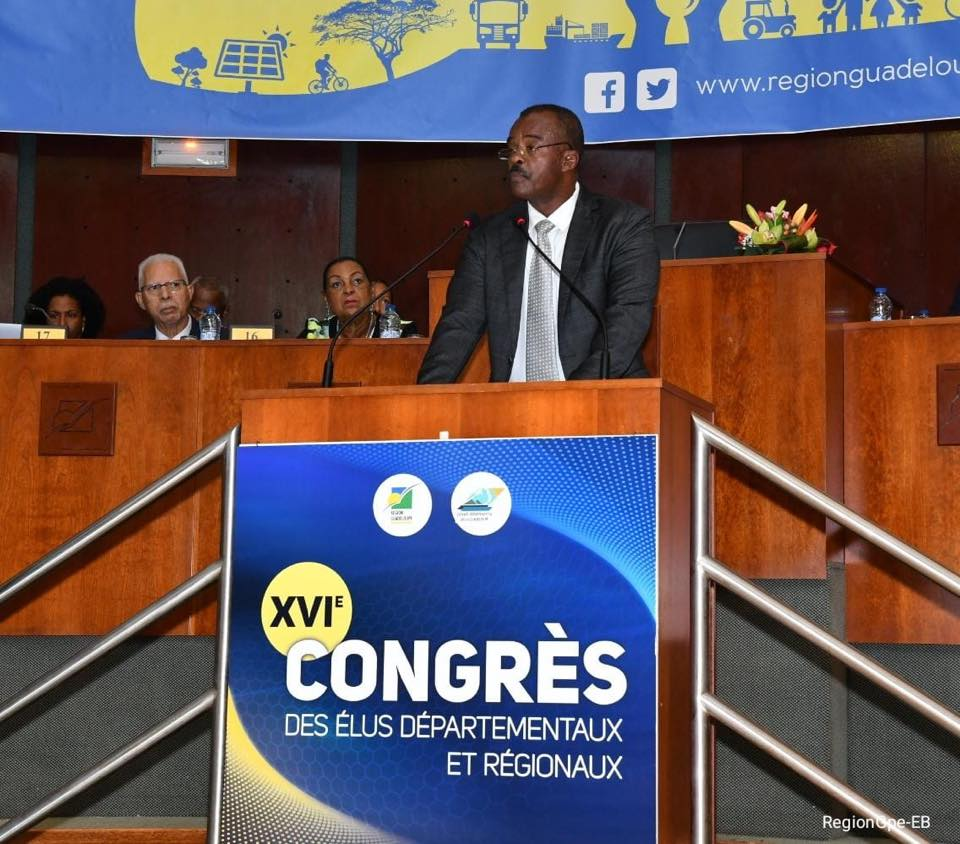 Le Président de Région Ary Chalus lors de son discours d'ouverture du Congrès des Elus © Région Guadeloupe
