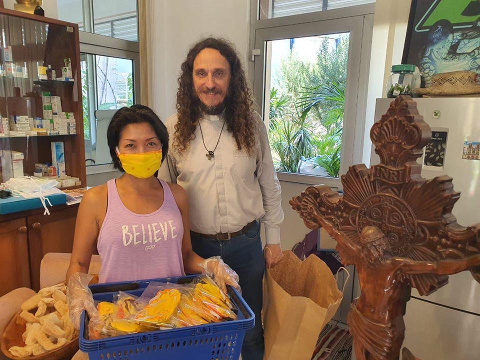 Covid-19 en Outre-mer : En Polynésie, une entreprise fabrique 1 000 masques pour les sans-abris