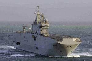 Le porte-hélicoptère Mistral se trouve déjà dans l'Océan Indien ©DCNS
