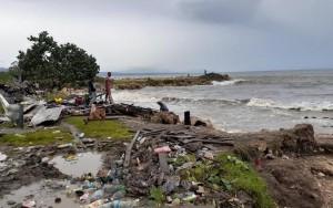 Les régions côtières des Îles Salomon ont été battues par le cyclone Harold ©Solomon Islands Disaster Management Office / George Baragam