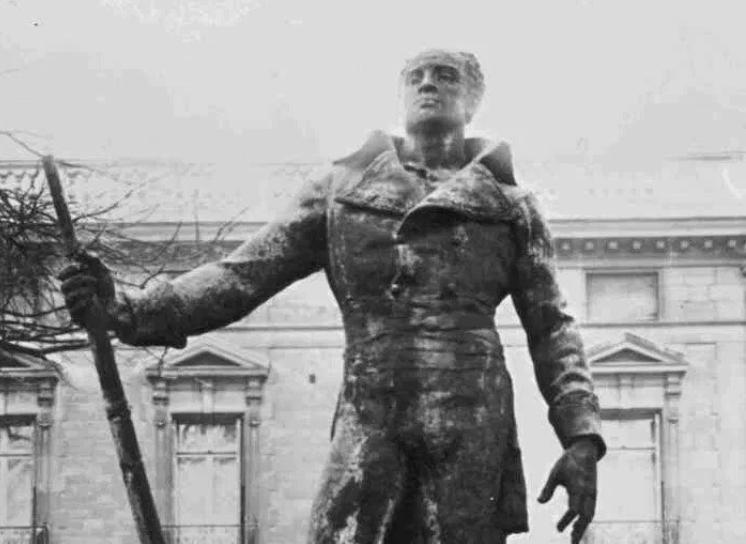 «Rétablissons la statue du général Dumas» par Frédéric Potier et Claude Ribbe