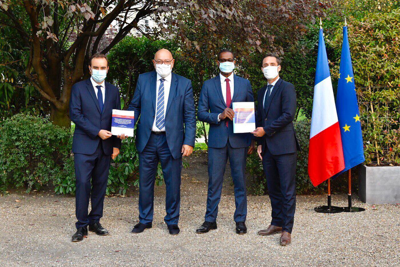 Transports en Outre-mer : Un rapport pour « améliorer l'organisation » des taxis, VTC et LOTI remis à Sébastien Lecornu et Jean-Baptiste Djebbari