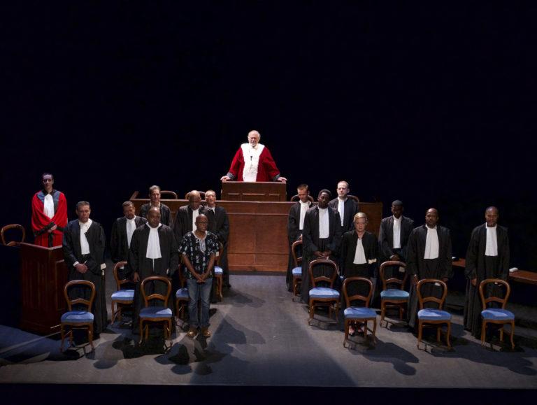 « L'impossible procès », mise en scène par Luc Saint-Eloy : Quand le théâtre se met au service de l'histoire contemporaine de la Guadeloupe à Paris