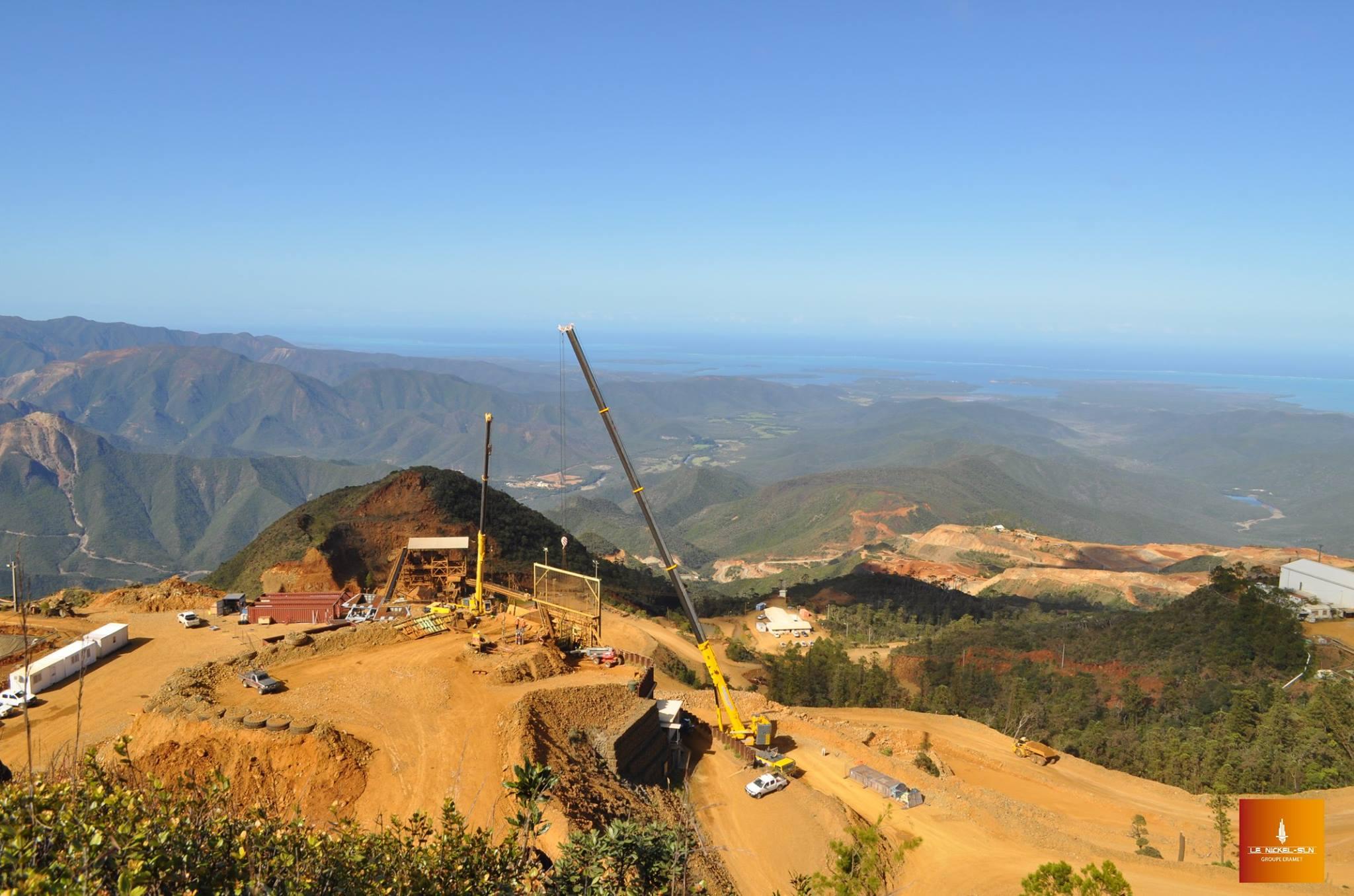 Nouvelle-Calédonie : Blocage d'une mine de la SLN dans le nord par une vingtaine de jeunes