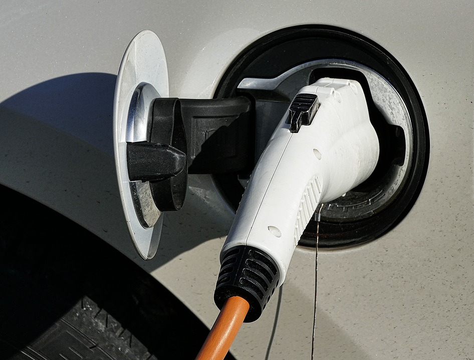 electric-car-2862381_960_720