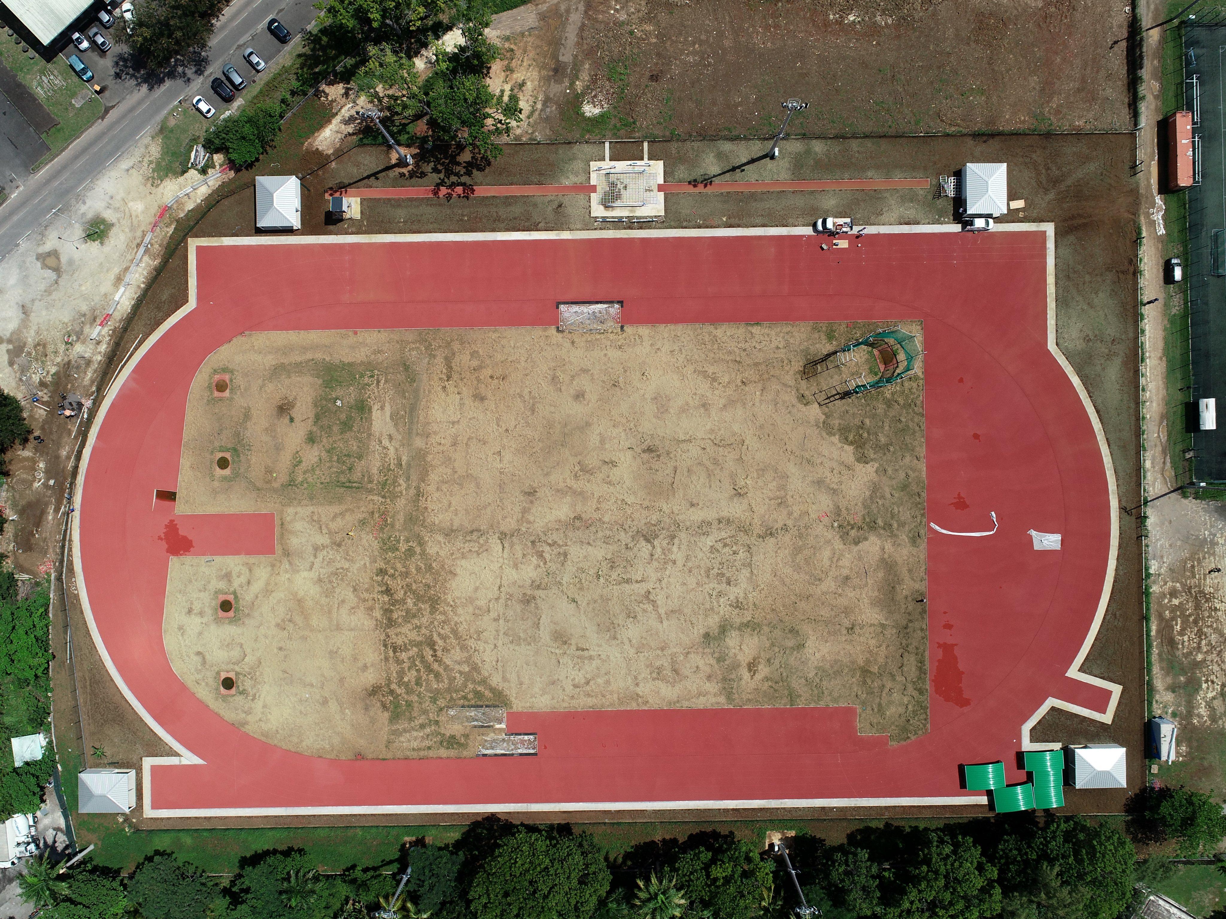 Athlétisme en Guadeloupe : Le CREPS Antilles-Guyane se dote d'une piste connectée