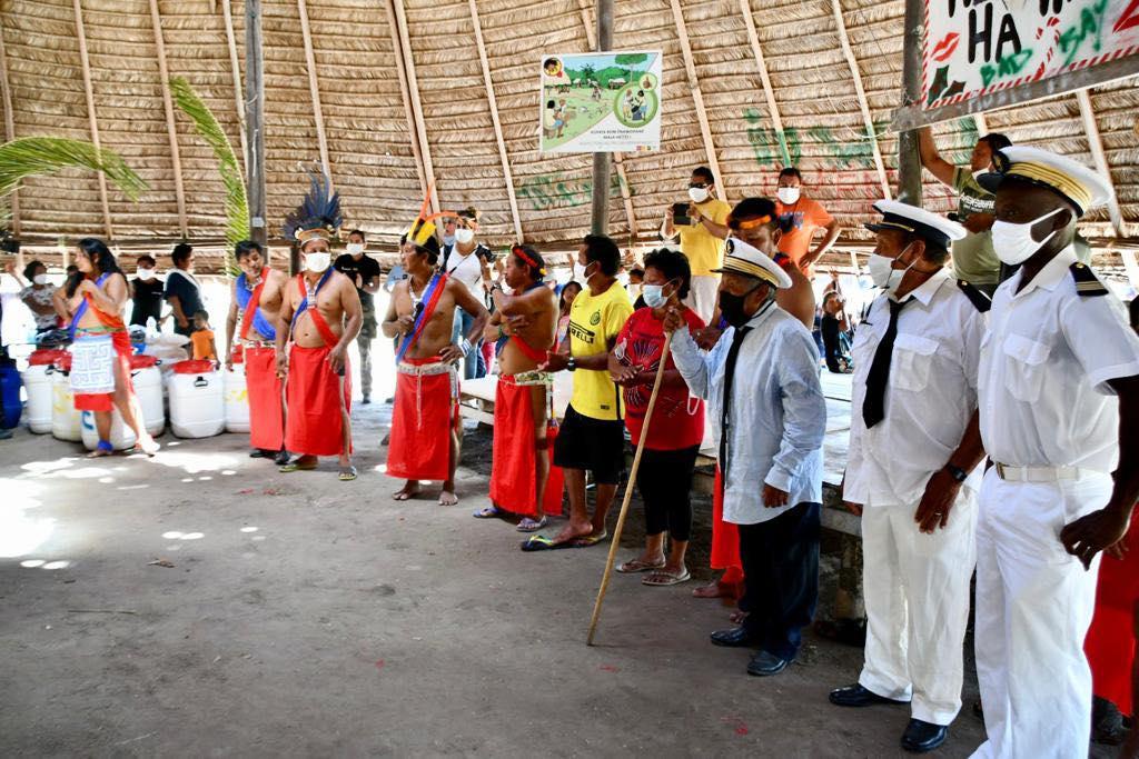 Guyane : Michel Aloiké et Opoya Aïmawalë intronisés chef et capitaine du village amérindien de Taluen