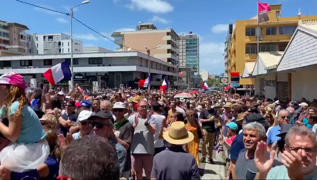 Nouvelle-Calédonie : 10 000 personnes se mobilisent pour demander la réouverture du corps électoral provincial