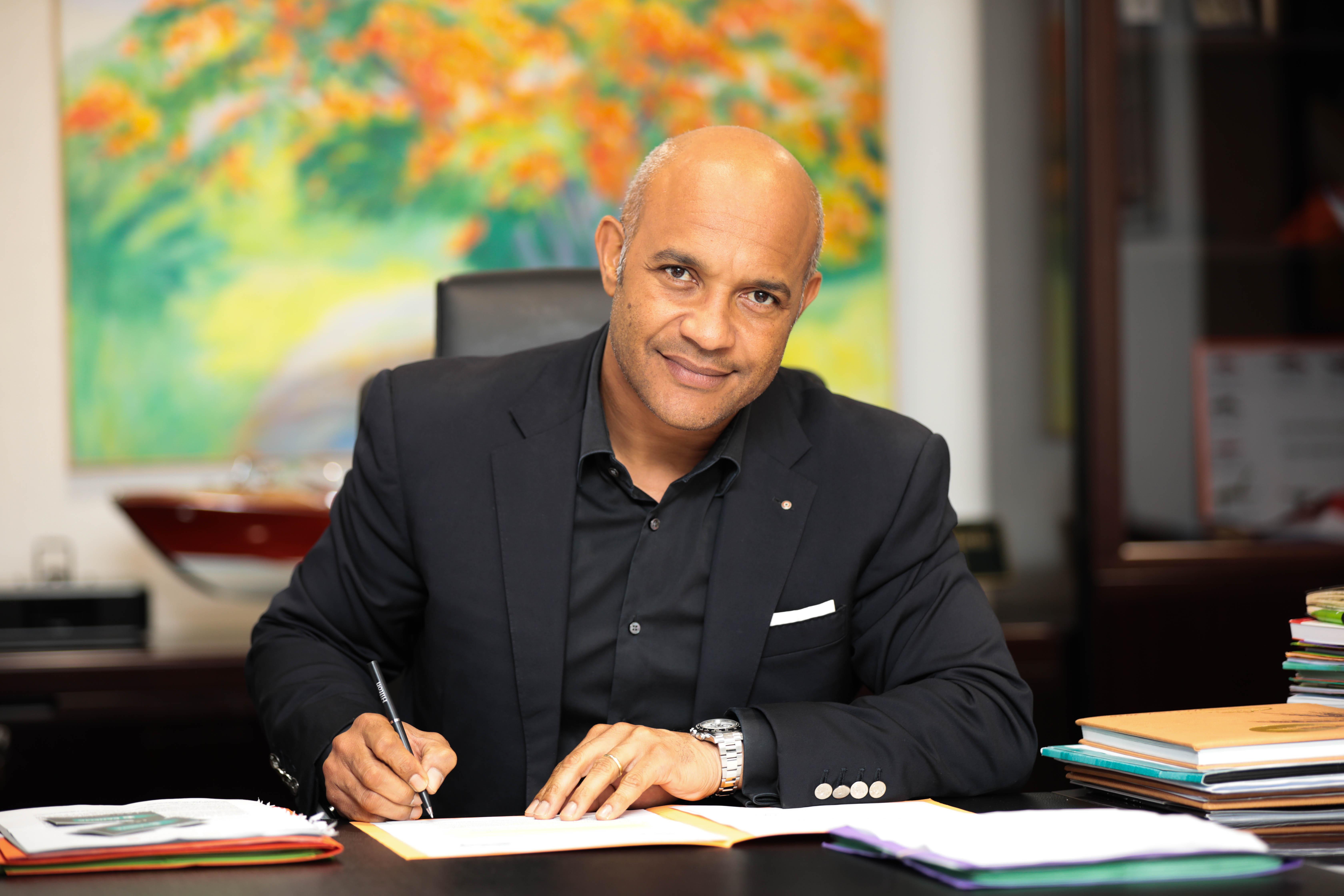 INTERVIEW POLITIQUE. Daniel Gibbs, président de la Collectivité territoriale de Saint-Martin : « La frontière entre les deux parties de l'île reste symbolique depuis 372 ans »