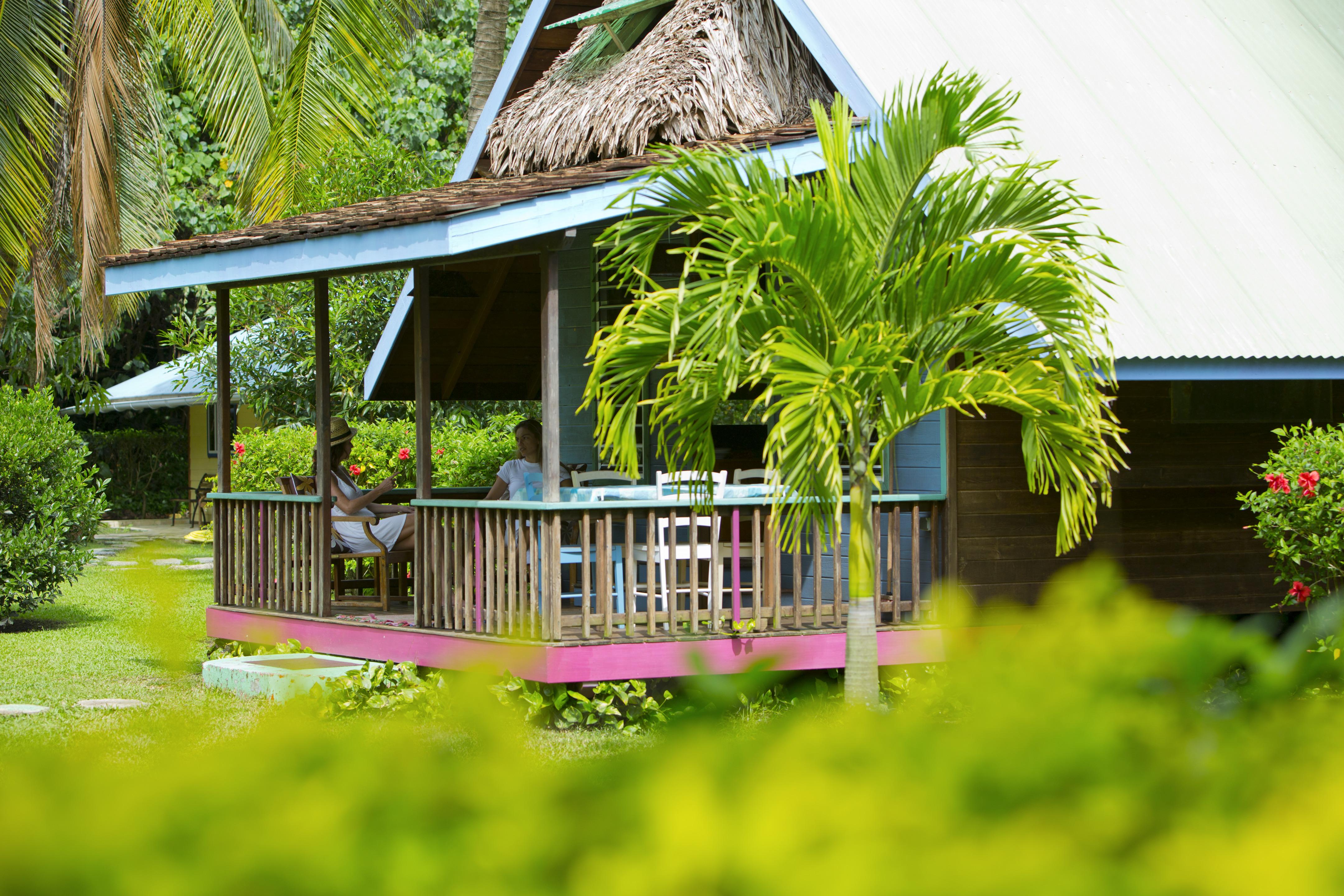 Bungalow d'une pension de famille en Polynésie ©Tahiti Tourisme
