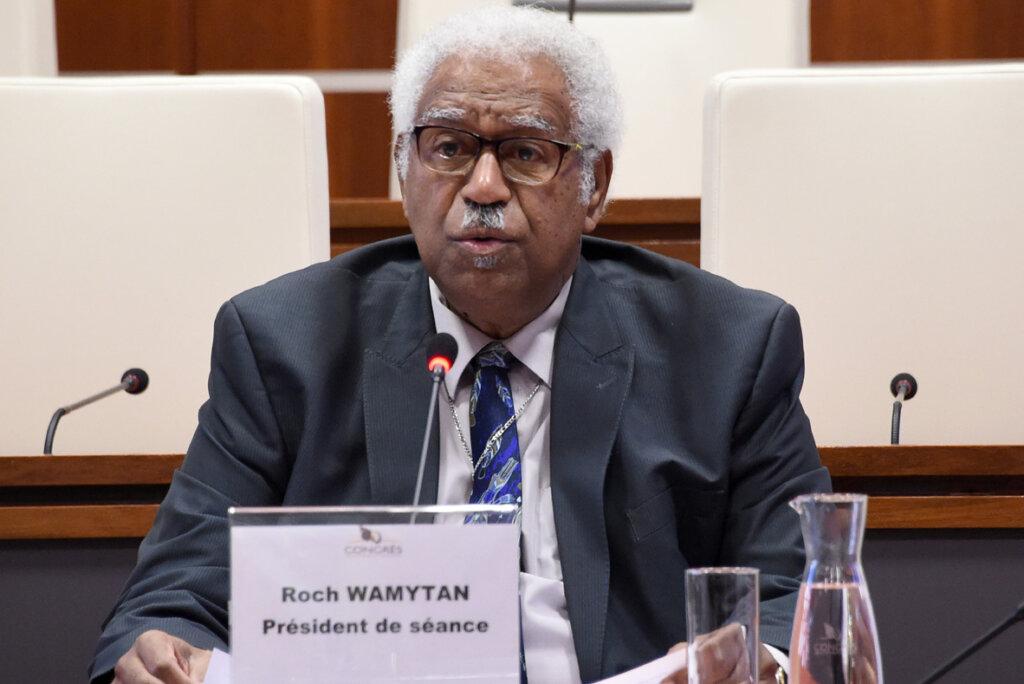 Nouvelle-Calédonie : L'indépendantiste Roch Wamytan favorable à un statut d'État associé à la France