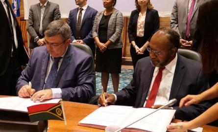 Coopération régionale : La Nouvelle-Calédonie et le Vanuatu signent leur accord de libre-échange