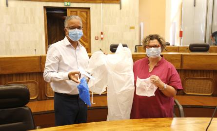 Covid-19- La Réunion : Des kits de protections remis aux personnels soignants intervenants à domicile