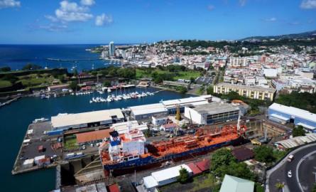 VIDÉO. Positive Outre-mer : L'entreprise ENA, une filière navale martiniquaise ouverte sur l'international