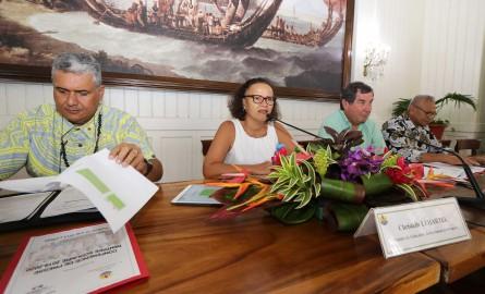 Rentrée 2019 en Polynésie : Fait nucléaire, Pouvanaa et bilinguisme arrivent sur les bancs de l'école