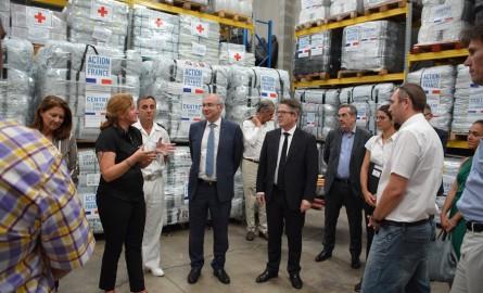 En Nouvelle-Calédonie, la France prête à répondre à une crise humanitaire majeure dans le Pacifique sud
