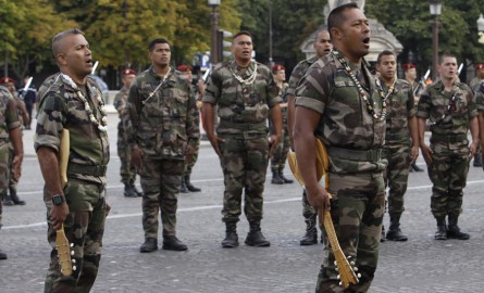 Prime d'installation des militaires du Pacifique : Une réforme renvoyée « aux calendes grecques », dénoncent les parlementaires calédoniens